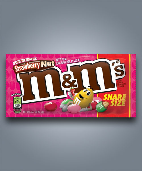 M&M's Strawberry Nut, con cioccolato alla fragola e nocciolina all'interno