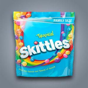 Caramelle ai frutti tropicali Skittles Tropical in confezione famiglia